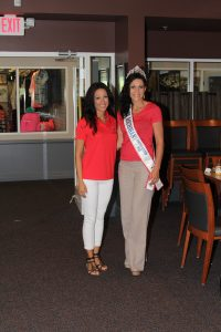 Vinni Golf Outing Participants with Miss Michigan