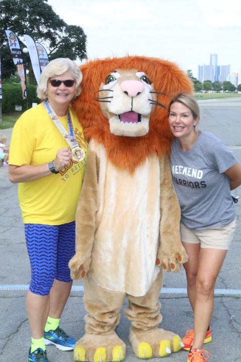 etbi2 - Escape to Belle Isle race draws hundreds of supporters for the Ronald McDonald House of Detroit